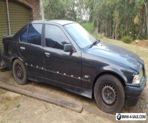 E36 BMW 318i   Easy repair or parts for Sale