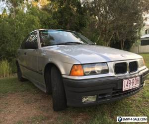 BMW 318i 1993 sedan for Sale